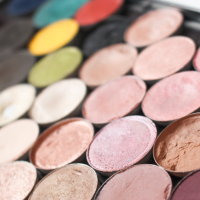 Why Makeup Forever has the Best Metal Makeup Palettes!